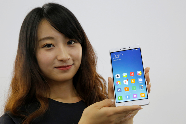 Xiaomi battles rival on mobile payments